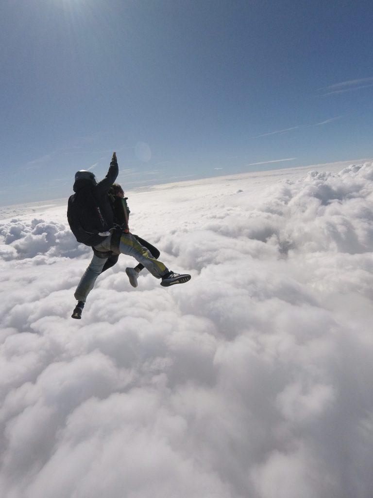 immersa nel cielo e vicina alla sensazione di volare